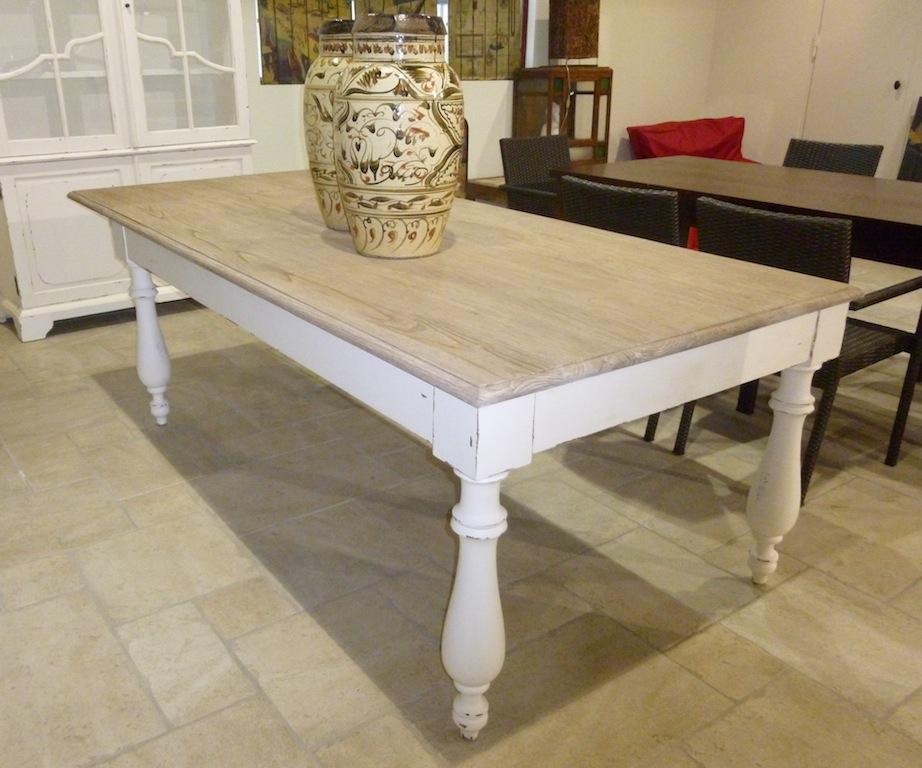 Table a rallonges tables de salle manger et mobilier for Mobilier de france table salle a manger